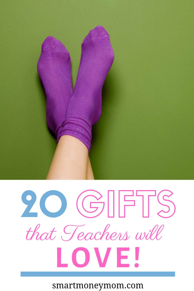 You don't want to forget the kiddos teachers this holiday! I've listed 20 fun and affordable gifts that teachers will love! Click above and click on the item to snag it--or click below!