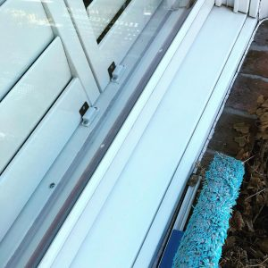 10 Steps to Clean Window Tracks With Ease