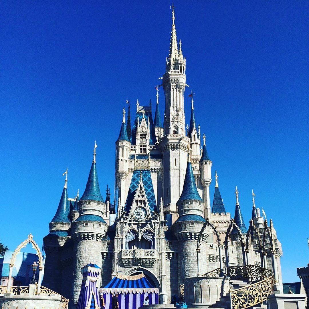 Disney World Budgeting Tips for Moms
