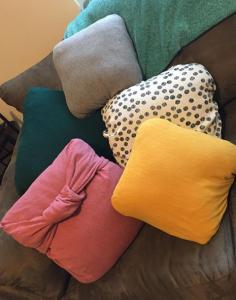 DIY Make Your Own Throw Pillows