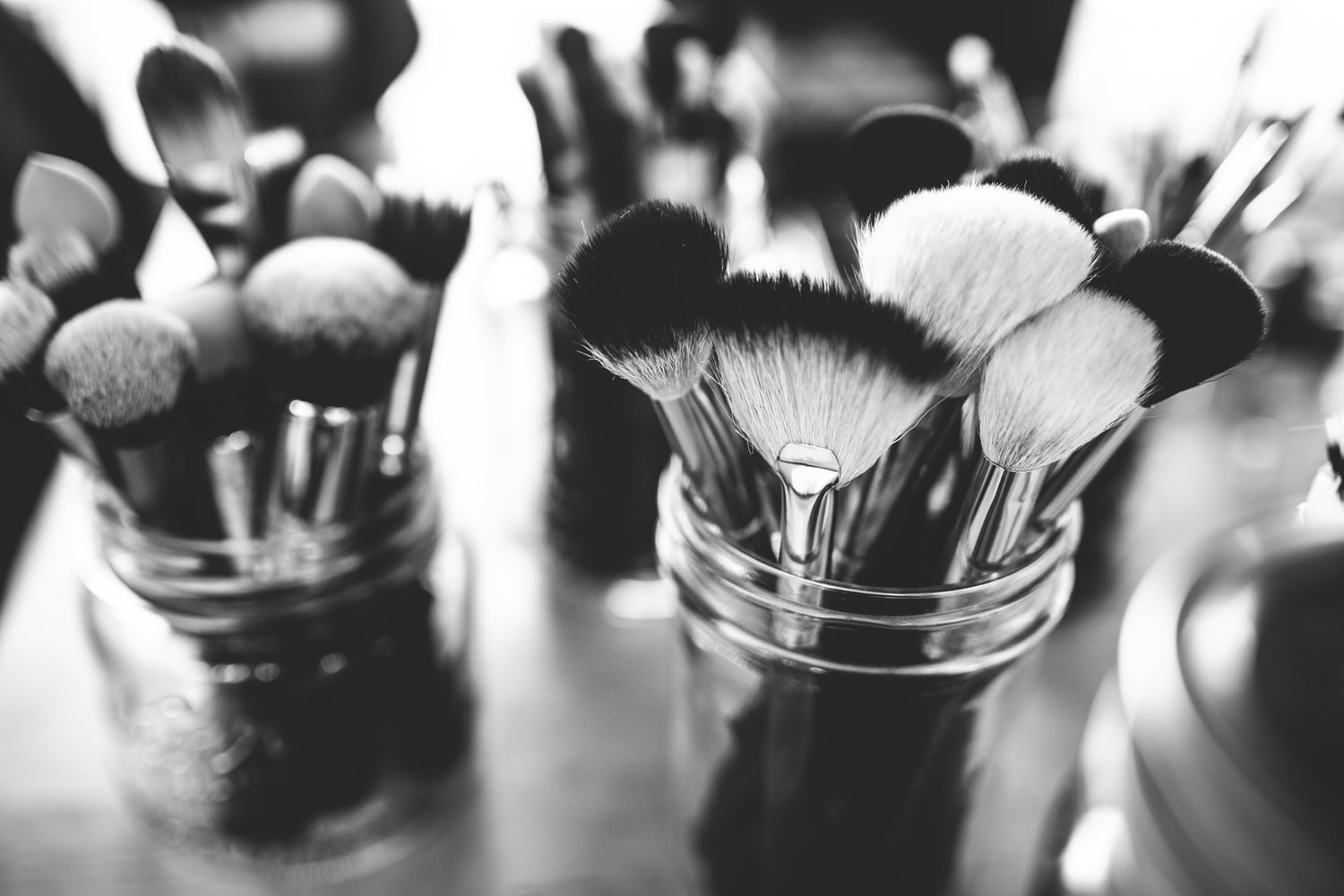 6 Tips to Choose The Right Foundation Brush
